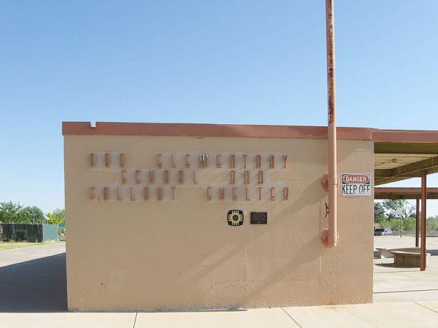 800px-Abo_Elementary_School_Artesia_New_Mexico